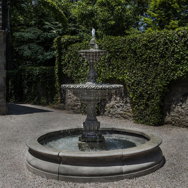 Charleston Outdoor Water Fountain in Basin
