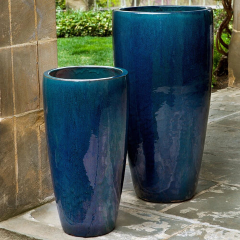 Rioja Planter Set of 2 large outdoor planters