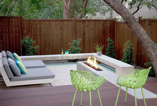 10 Clever Ways To Design Around An Outdoor Fireplace