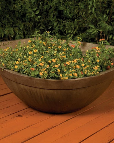 Majestic Planter Small - Outdoor Art Pros