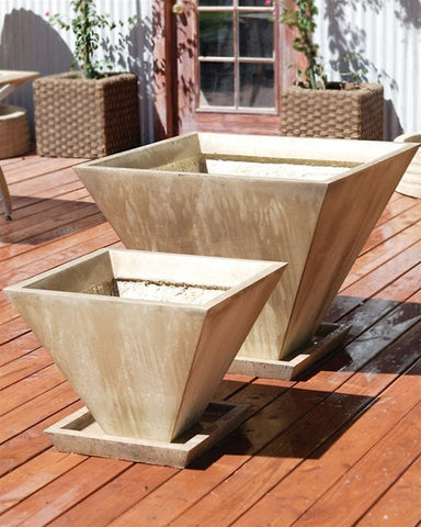 Oblique Planter - Outdoor Art Pros