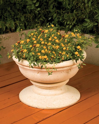 Ovate Planter - Outdoor Art Pros