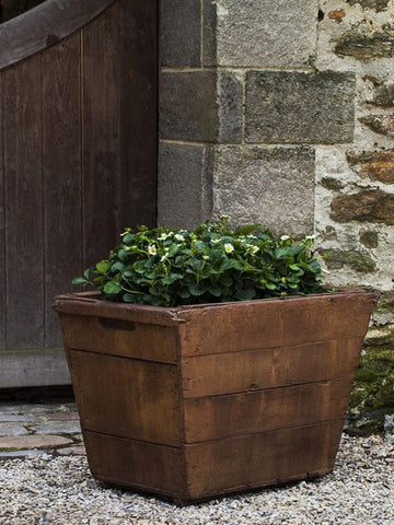 Vendange Large Garden Planter - Outdoor Art Pros