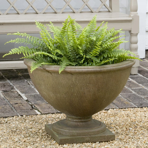 Williamsburg Bassett Hall Urn Garden Planter - Outdoor Art Pros