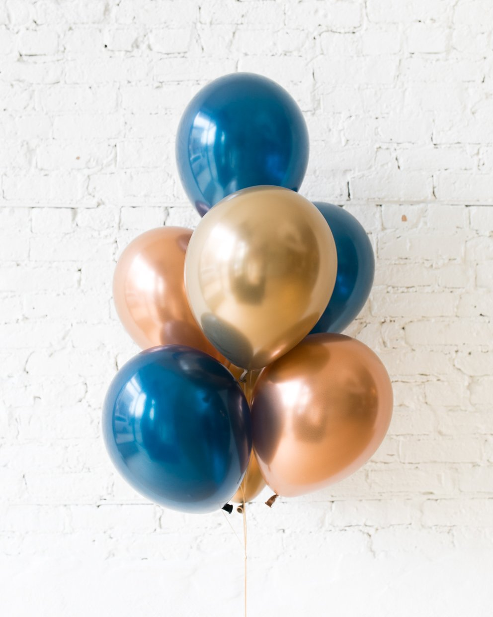 Midnight Copper - 11in Balloons - bouquet of 7