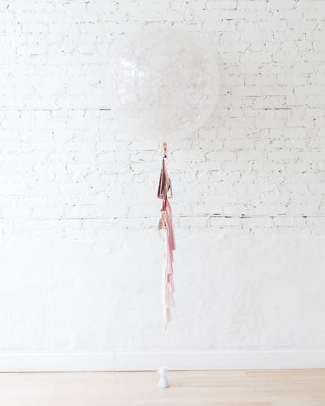 Giant Balloon with Confetti and Tassel
