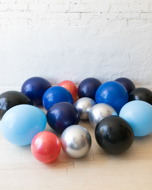 Space Theme Floor Balloons - 15 counts