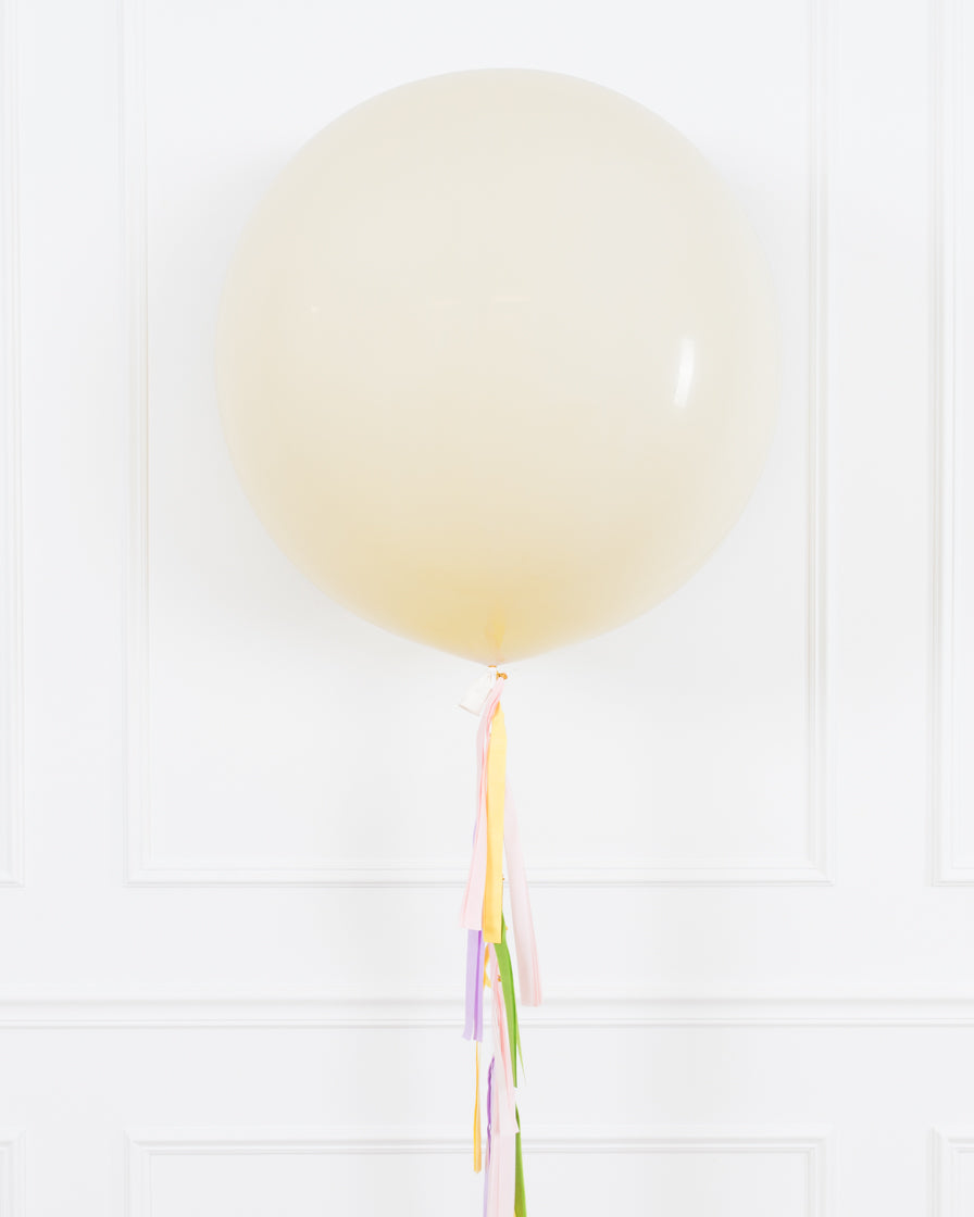 GIFT-Easter - Giant Balloon with Tassel