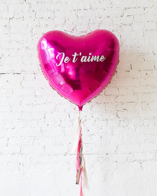 36in Je t'aime Magenta Heart Foil Balloon and Shades of Pink Palette Half-Tassel