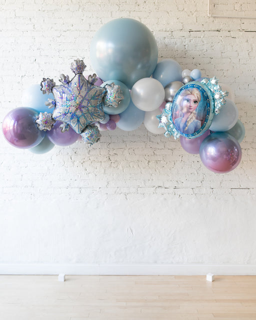 Frozen Theme - Floating Balloon Arch with Foil - 5ft