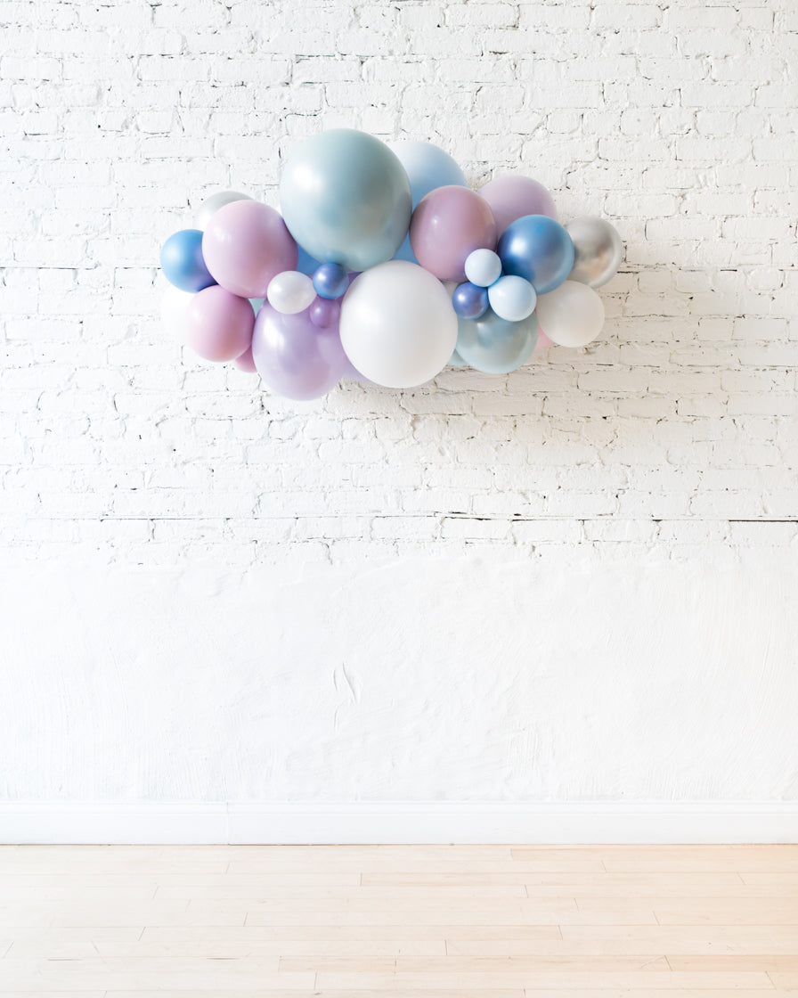 OUTDOOR - Frozen Theme - Backdrop Balloon Garland Install Piece - 3ft