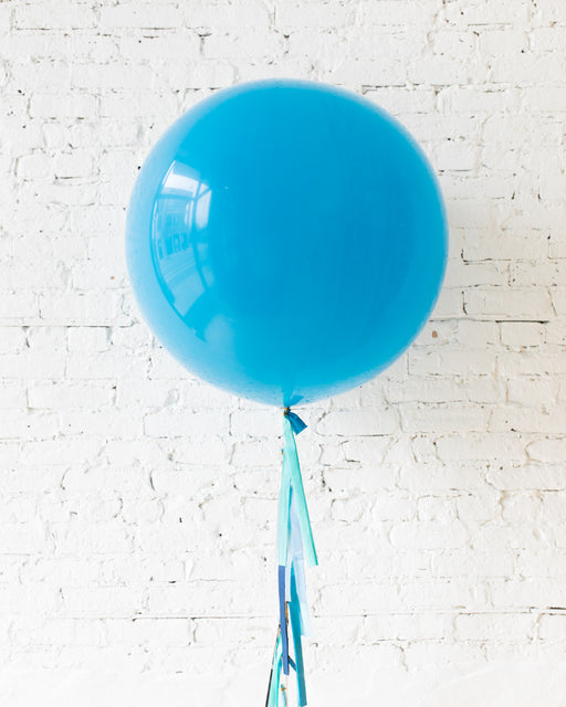 GIFT-Robin's Egg Giant Balloon and Shades of Blue Tassel