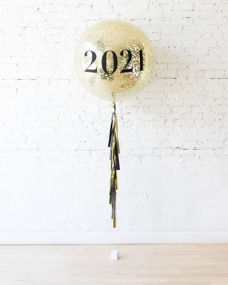 New Year's Eve - 2021 Confetti Giant Balloon with Tassel