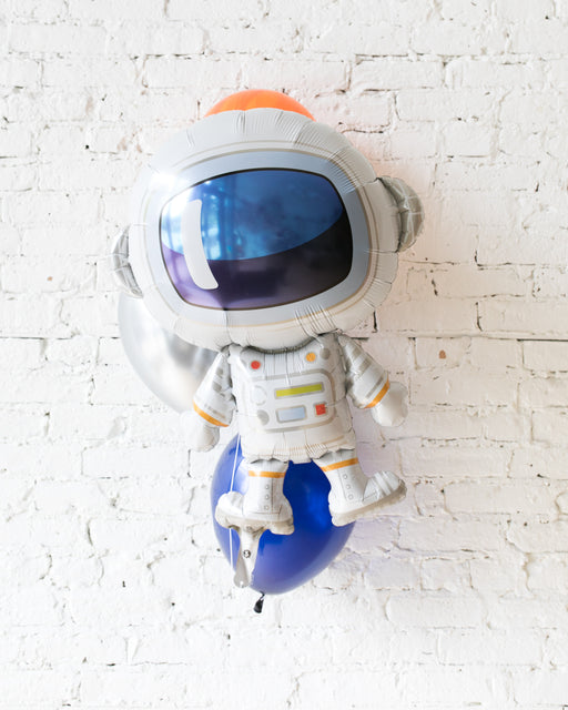 Space Theme Astronaut Foil and 11in Balloons - bouquet of 4