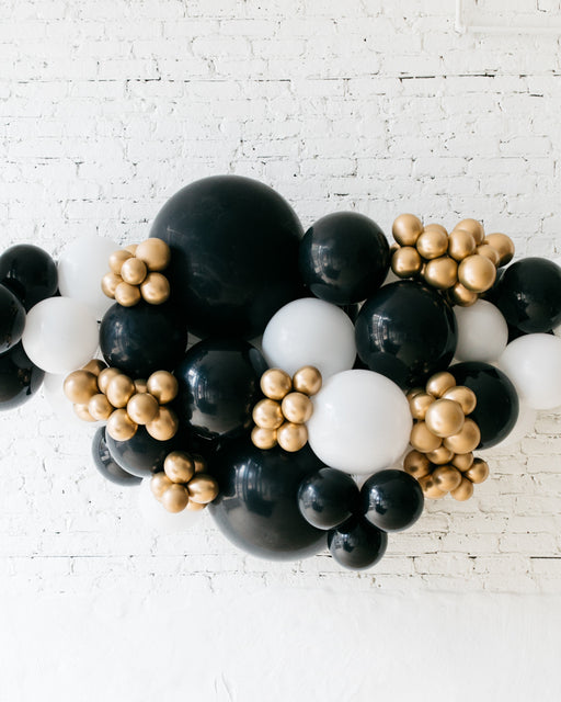 OUTDOOR-Black, White & Gold Palette Balloon Garland