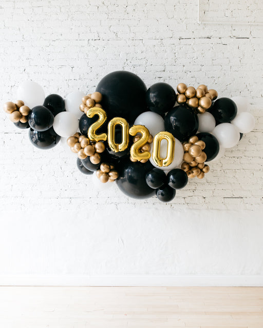 OUTDOOR-2020 Black, White & Gold Palette Balloon Garland