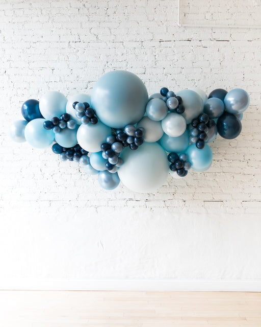 OUTDOOR-Soft Blue Palette Balloon Garland