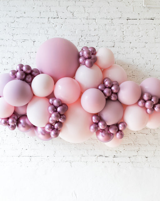 OUTDOOR-Shades of Mauve Palette Balloon Garland