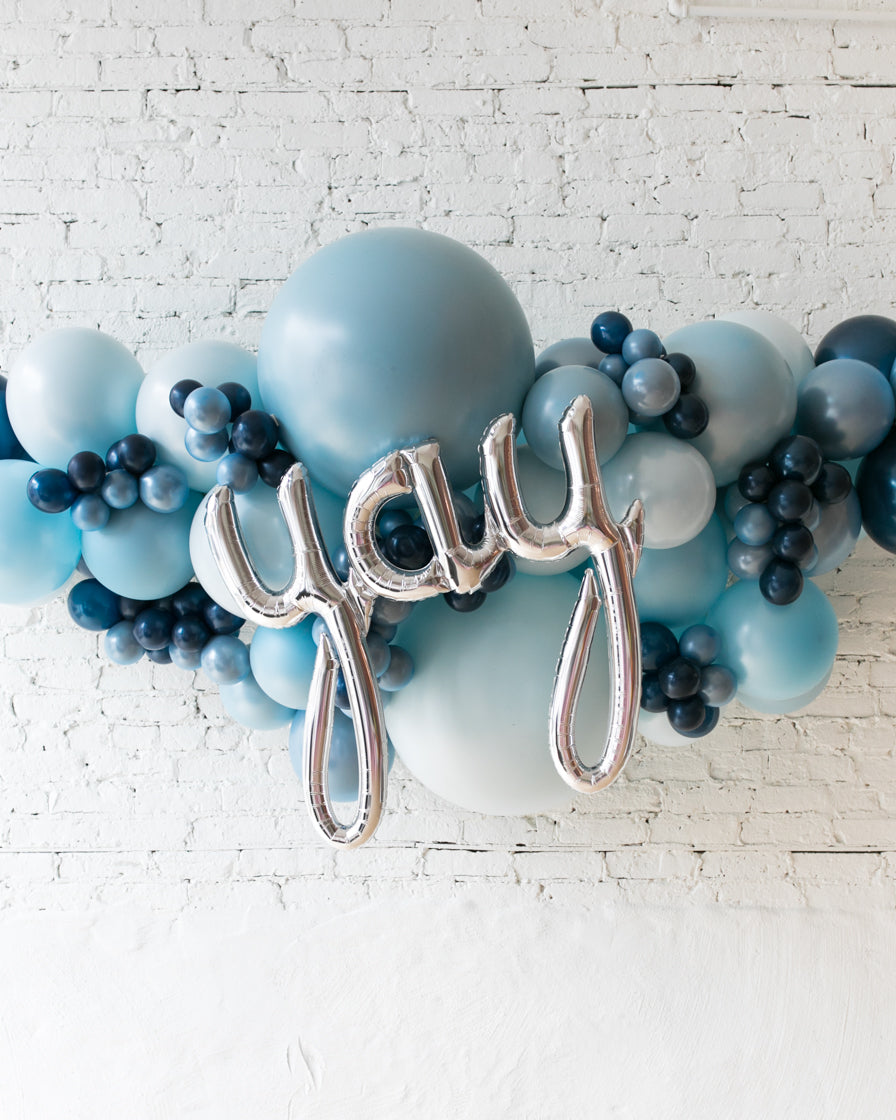 OUTDOOR-YAY Soft Blue Palette Balloon Garland