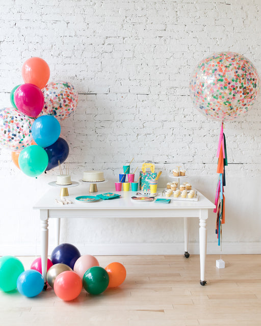 Party Animal Theme - Confetti Giant & Bouquet Set