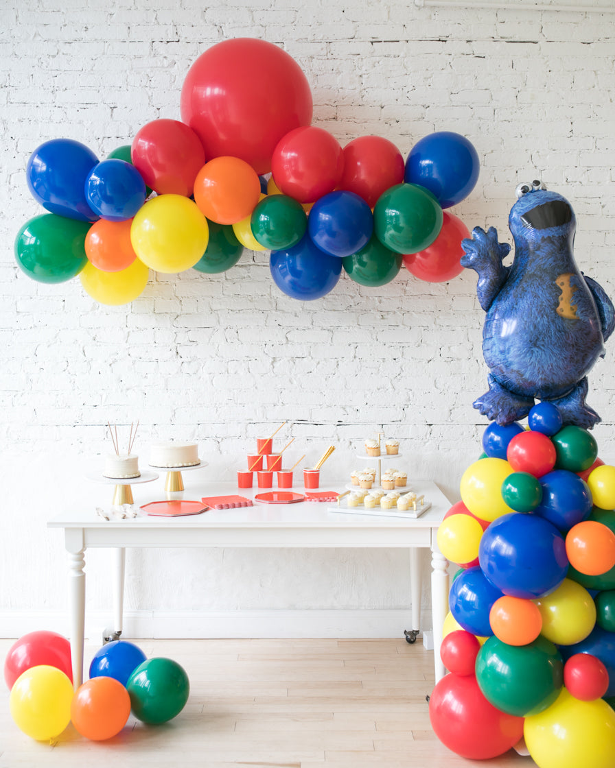 Sesame Street Theme - Floating Arch & Cookie Monster Column Set
