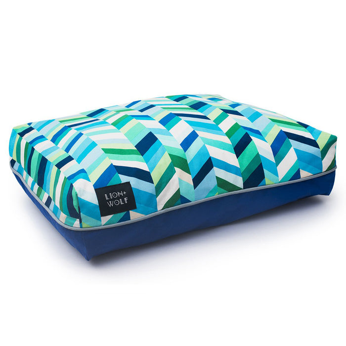 CHEVRON DOG BED – SEA GLASS