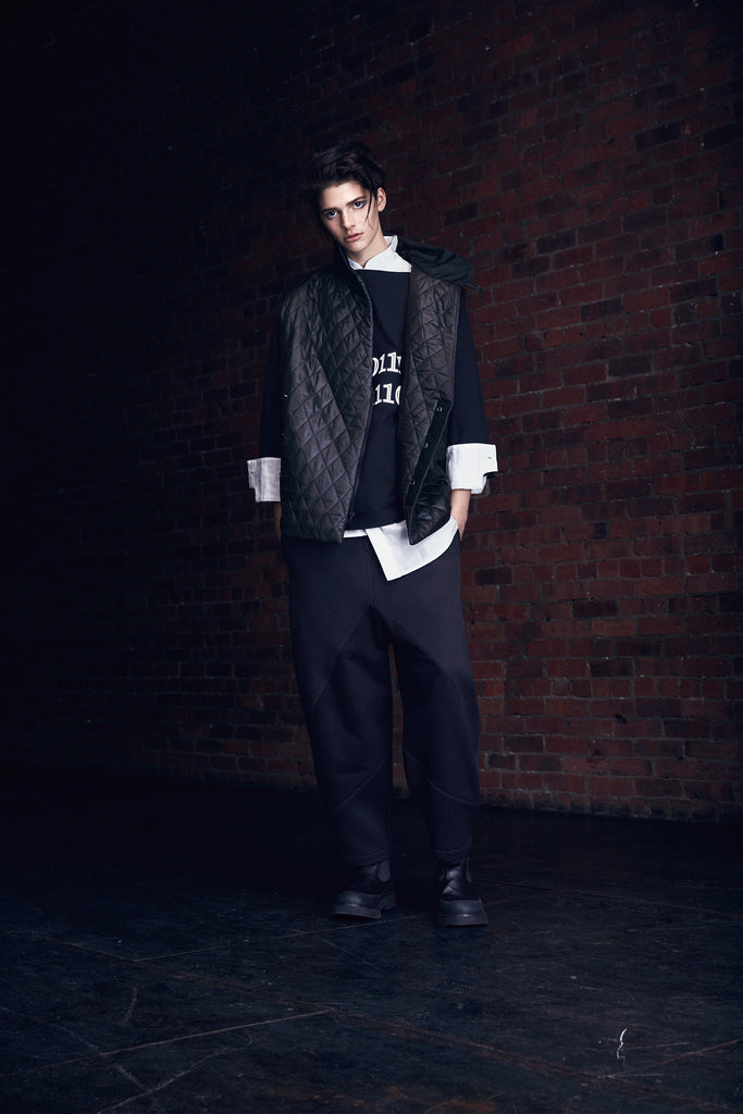 2WN FW2018 FILIP PANTS and Ryu T-Shirt #2WN #GenderNeutralFashion #UnisexFashion #2WNWear #2WNStyle