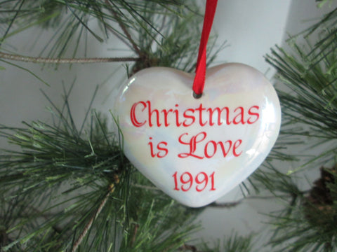 Vintage Heart Christmas Ornament Friends Christmas Love 1991 Boxed - GirlPickers