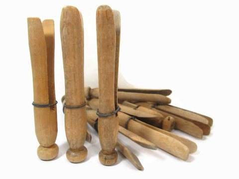 12 Vintage Wooden Clothespins with Wire / Laundry Pins / Wood Clothes Pegs - GirlPickers