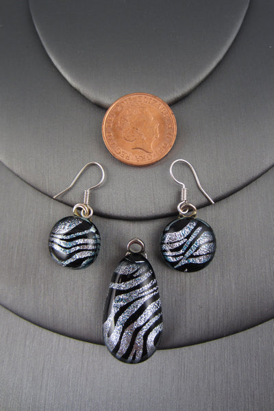 "*Sample* ""Silver Zebra"" Glass Set"