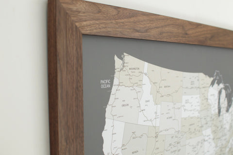 Walnut US Push Pin Travel Map (24x36)