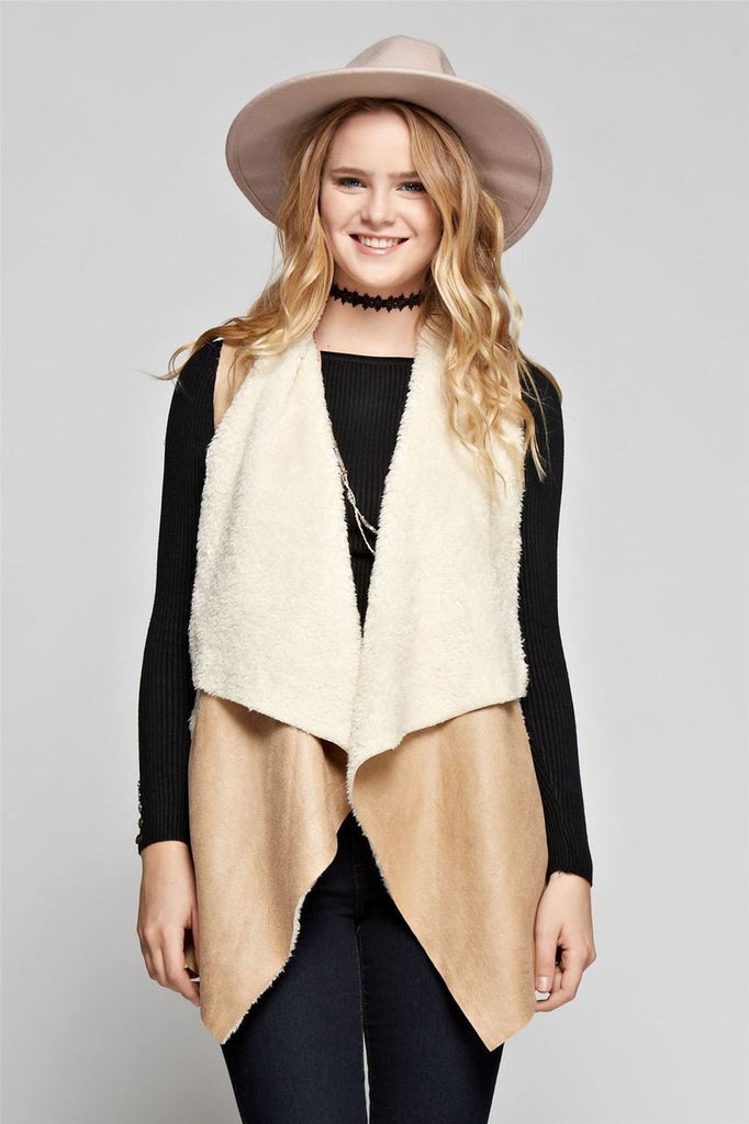 Shearling Faux Fur Vest with Suede and Pockets Beige