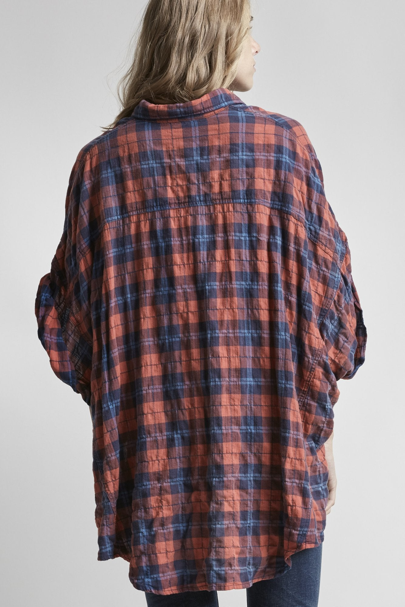 Oversized Rolled-Sleeve Plaid Shirt