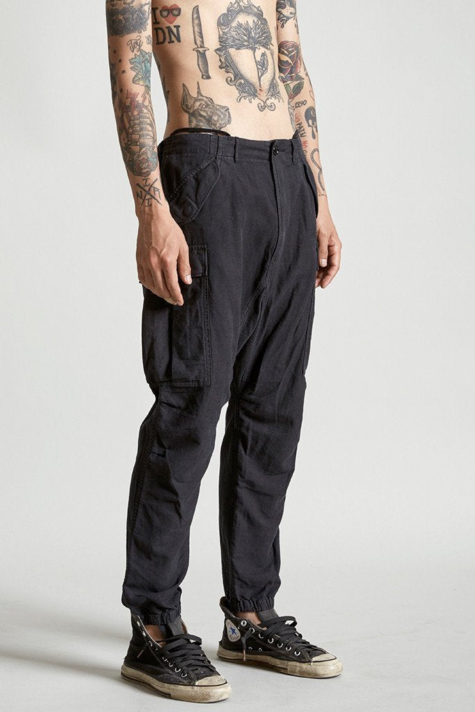 Slim cargo pants black