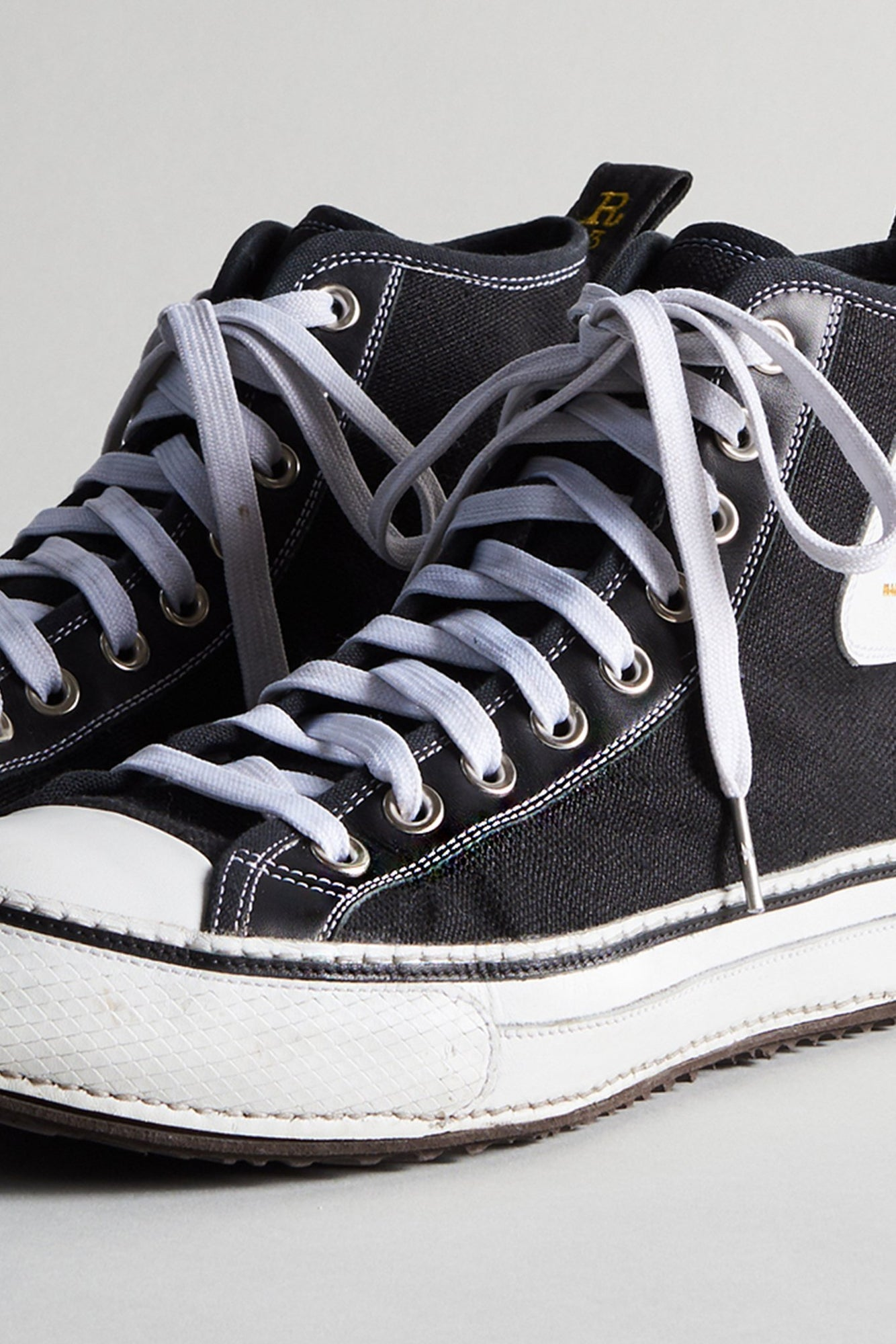 R13 High Top - Black + White