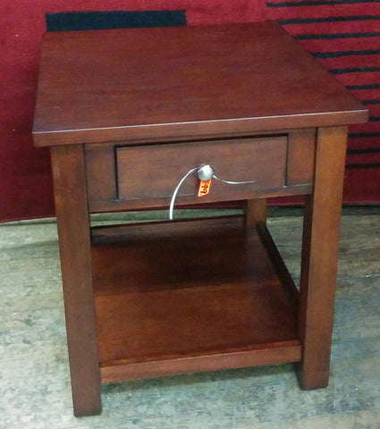 Wooden End Table  MZ-4057 CLEARANCE