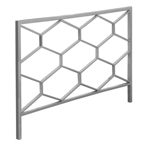 BED - QUEEN OR FULL SIZE / SILVER HEADBOARD OR FOOTBOARD   MN-2626Q