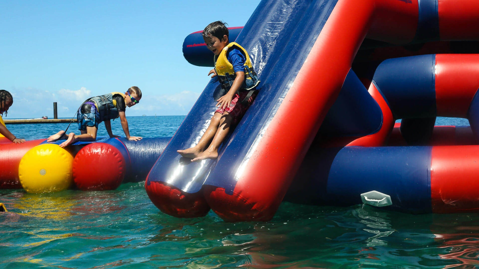 Action Tower (Aqua Adventure) - Inflatable Waterpark Open Water Aqua Adventure - Aflex Technology