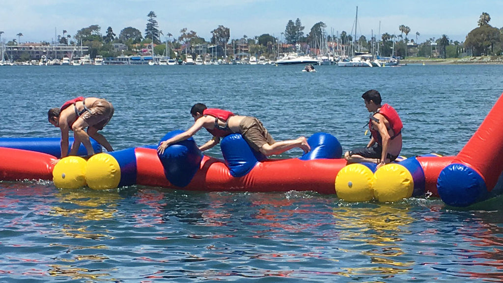 Peg Play - Open Water Aqua Adventure, Pools Aqua Adventure - Aflex Technology