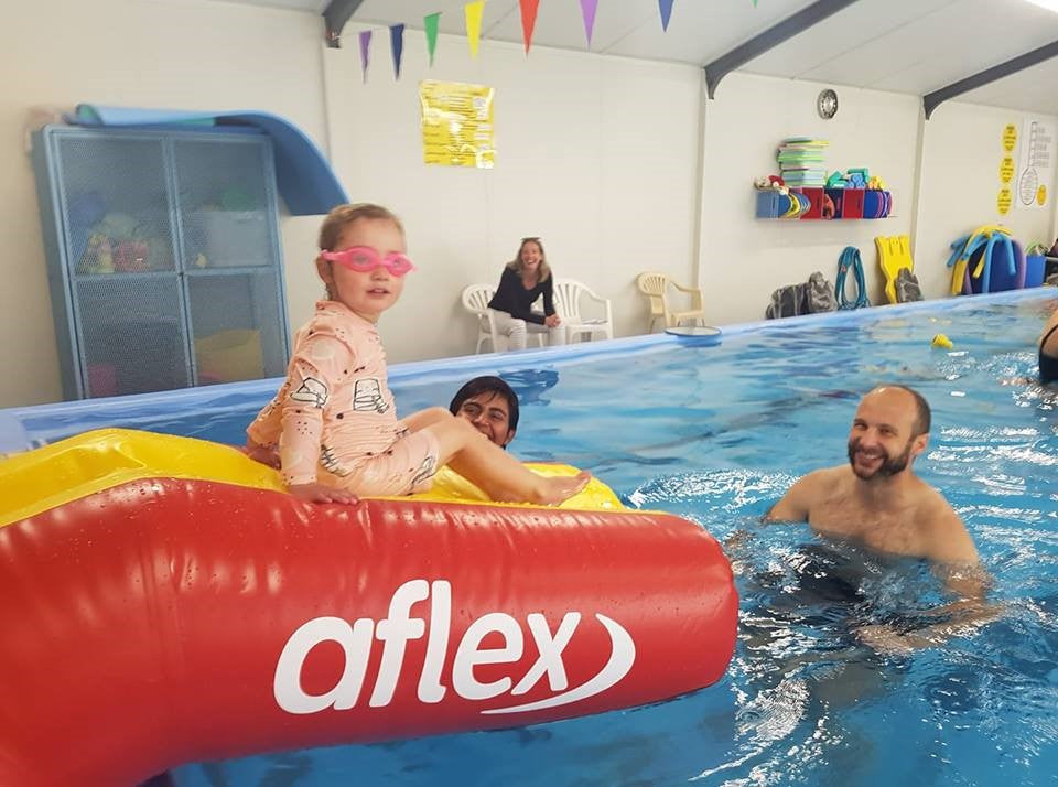 Junior Slide with Wet Entry - Pools Tiny Tots - Aflex Technology