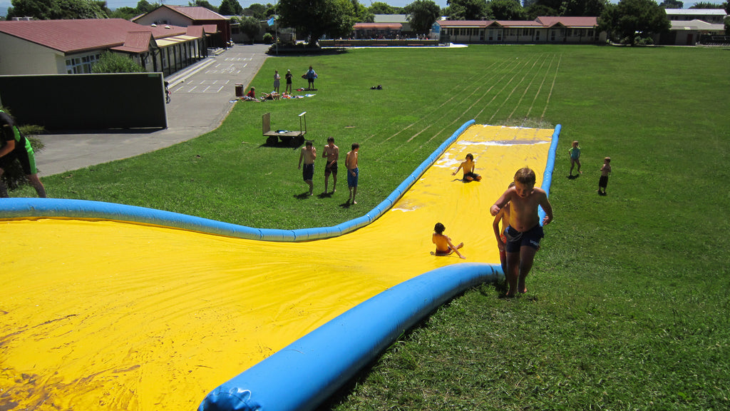Slippery Slide 20 m - Waterslides - Aflex Technology