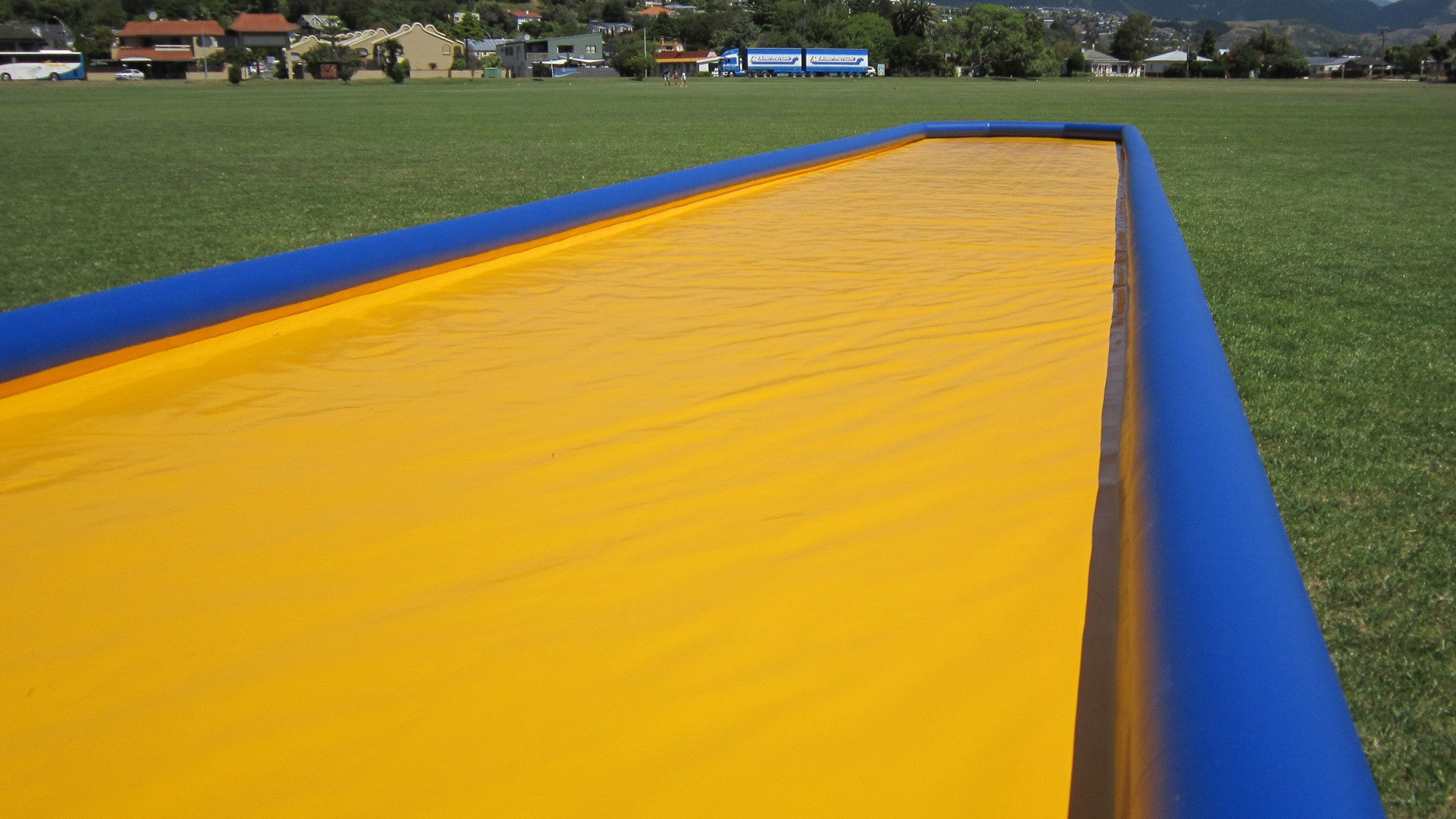 Slippery Slide 30 m (98 ft) - Waterslides - Aflex Technology