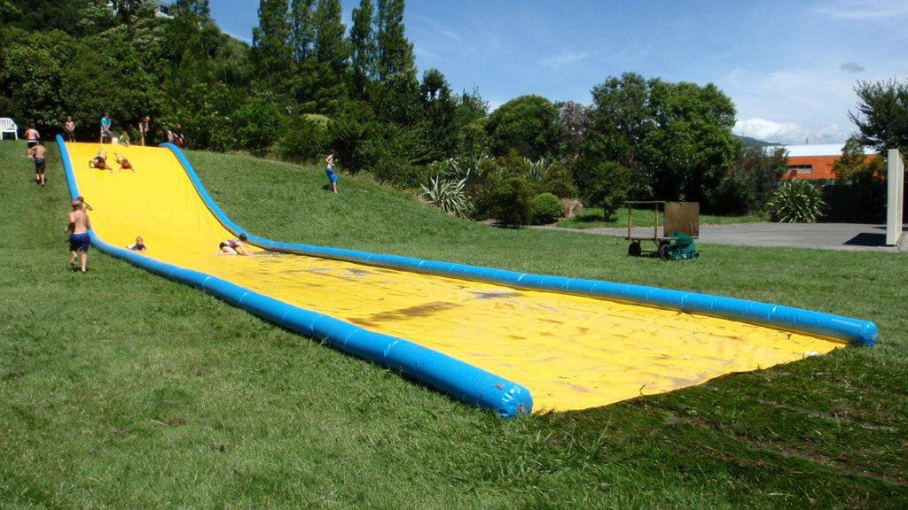 Slippery Slide 30 m - Waterslides - Aflex Technology