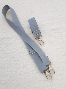 Shoulder Strap Dog Travel Bed silver