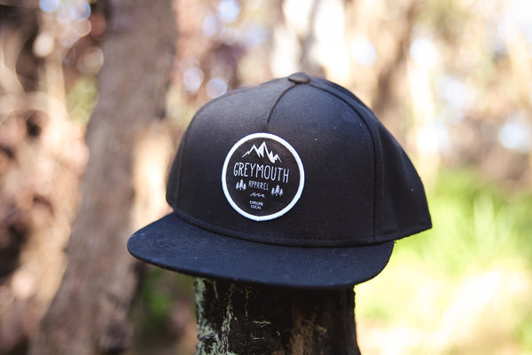 Emblem Snapback | Midnight Black