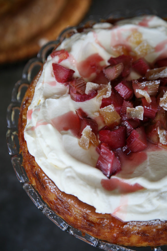 Rhubarb & Gingernut Cheesecake - ripe delicatessen