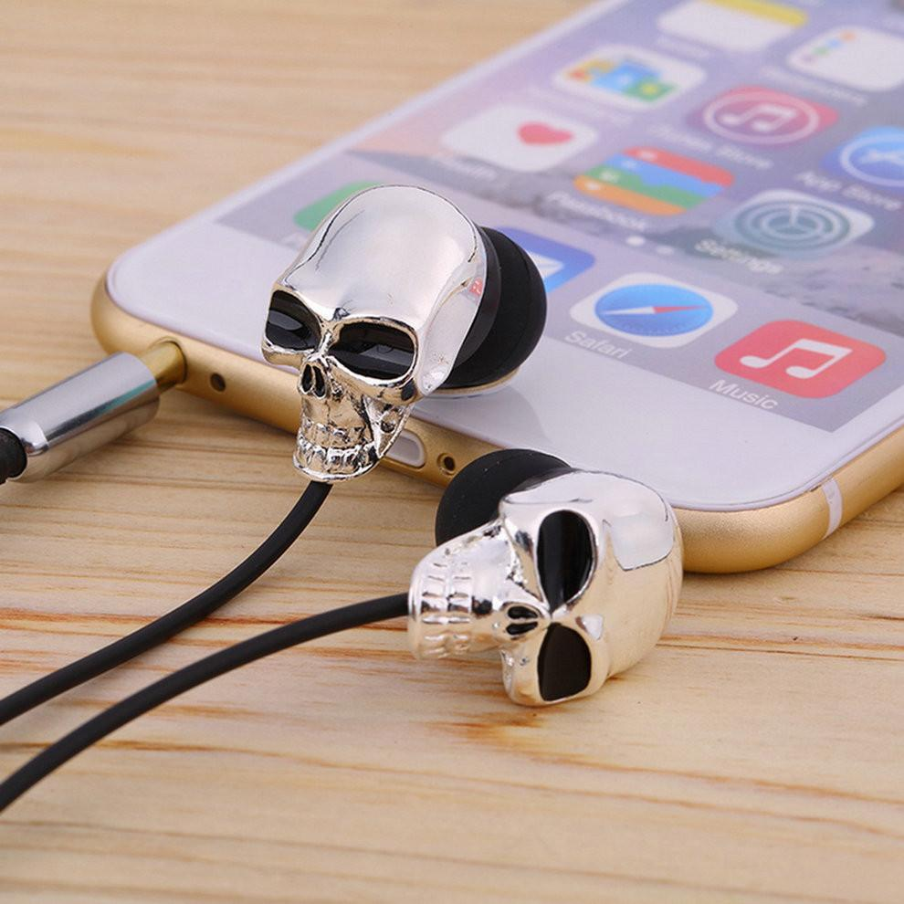 Beautiful Skull Earbuds