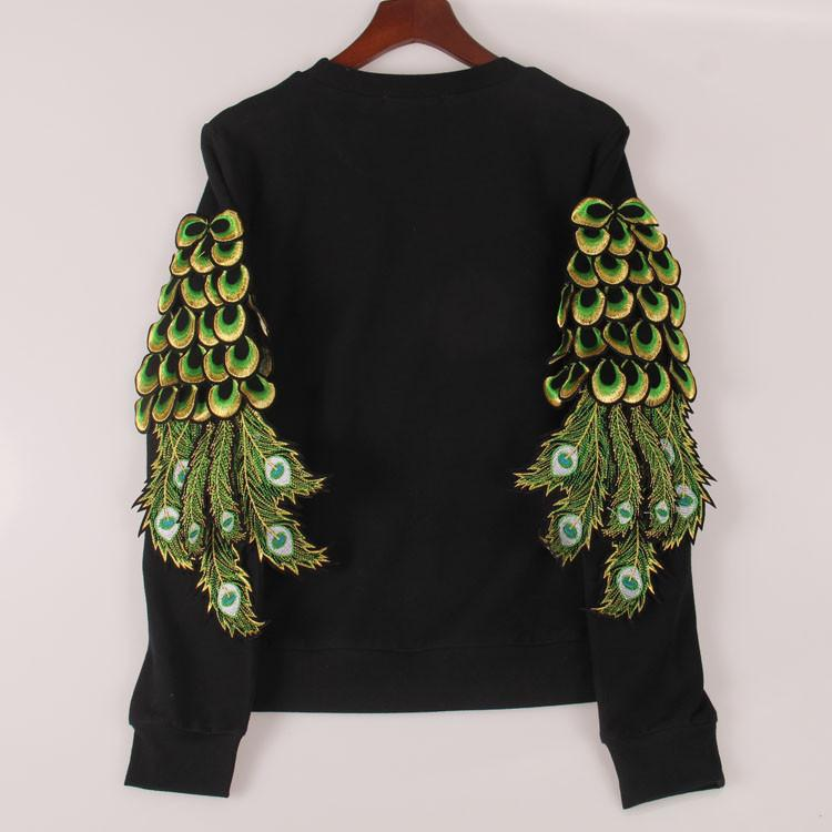 2017 sweatshirt women peacock feathers sequined hoody hoodies fashion tracksuits pullovers women woman tops Sakura