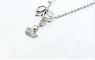 Hot Fashion Branch Cross Leaf Cross Bird Pendant Silver Plated Chain Necklace Women Accessories Beads&Jewelry Supplier