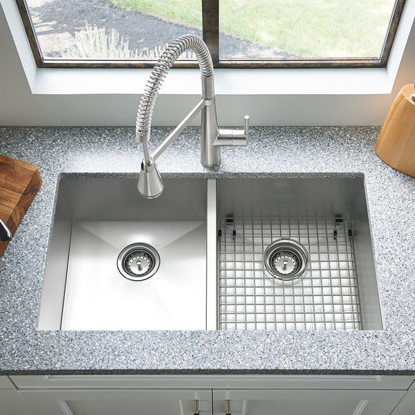 American Standard Edgewater Collection 33x22 Double Bowl Stainless Steel Kitchen Sink, 18DB.9332211.075 - Showroom Sinks